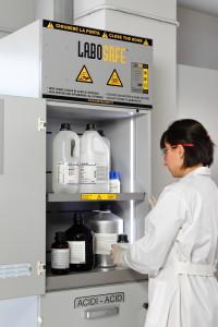 Labosystem arredi laboratorio