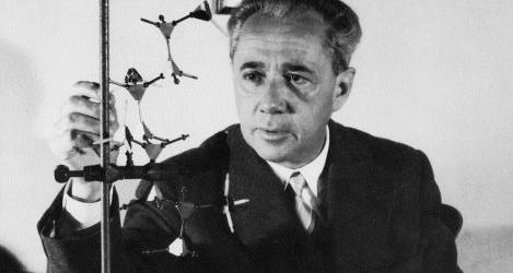 Il 26 febbraio 1903 nasceva Giulio Natta, il chimico italiano inventore della plastica