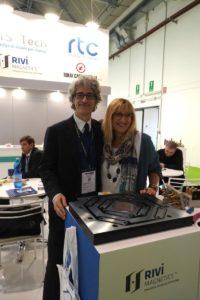 Marco Mastrosanti di Tecnoplast con Roberta Rivi di Rivi Magnetics
